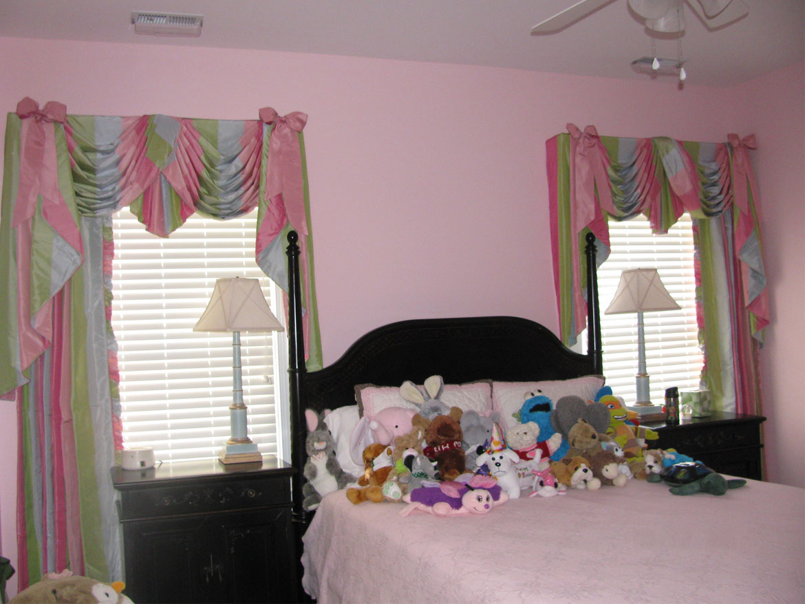 Girl bedroom after